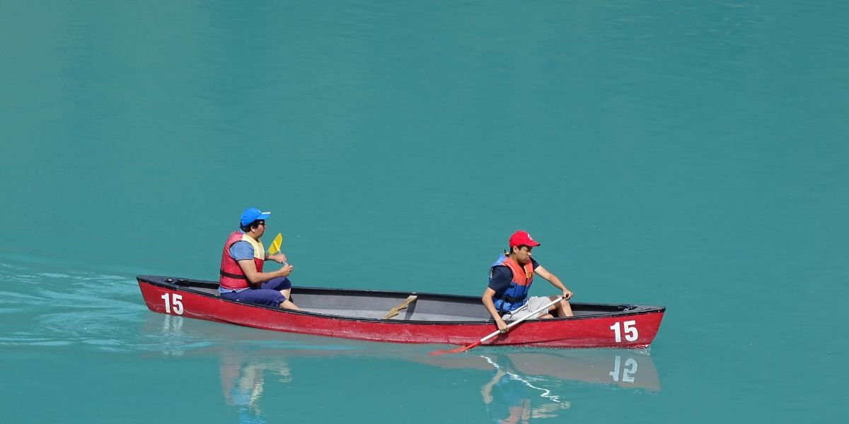 recreational activities - canoeing