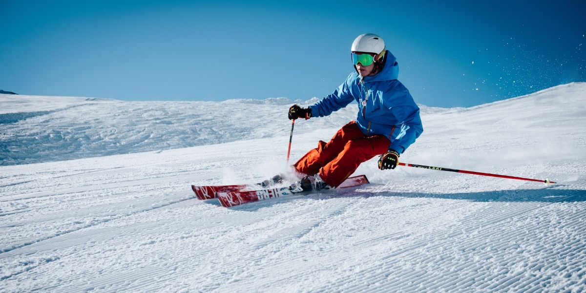 recreational activities - skiing