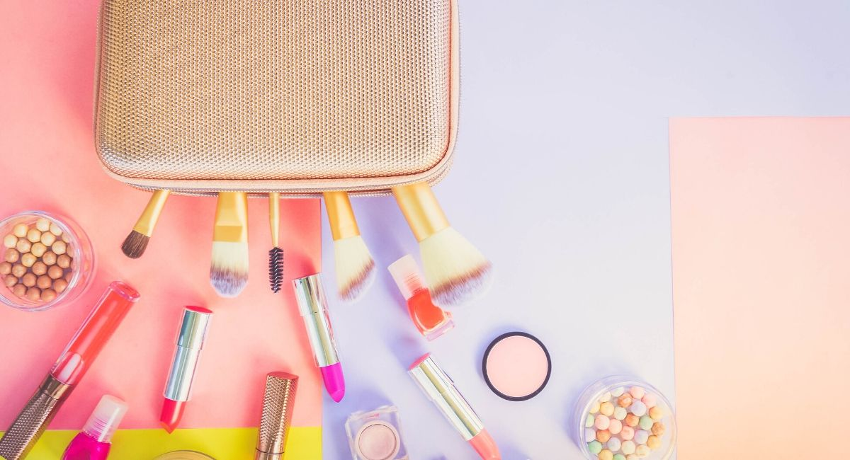Makeup-necessities-what-do-I-need-in-a-makeup-starter-kit